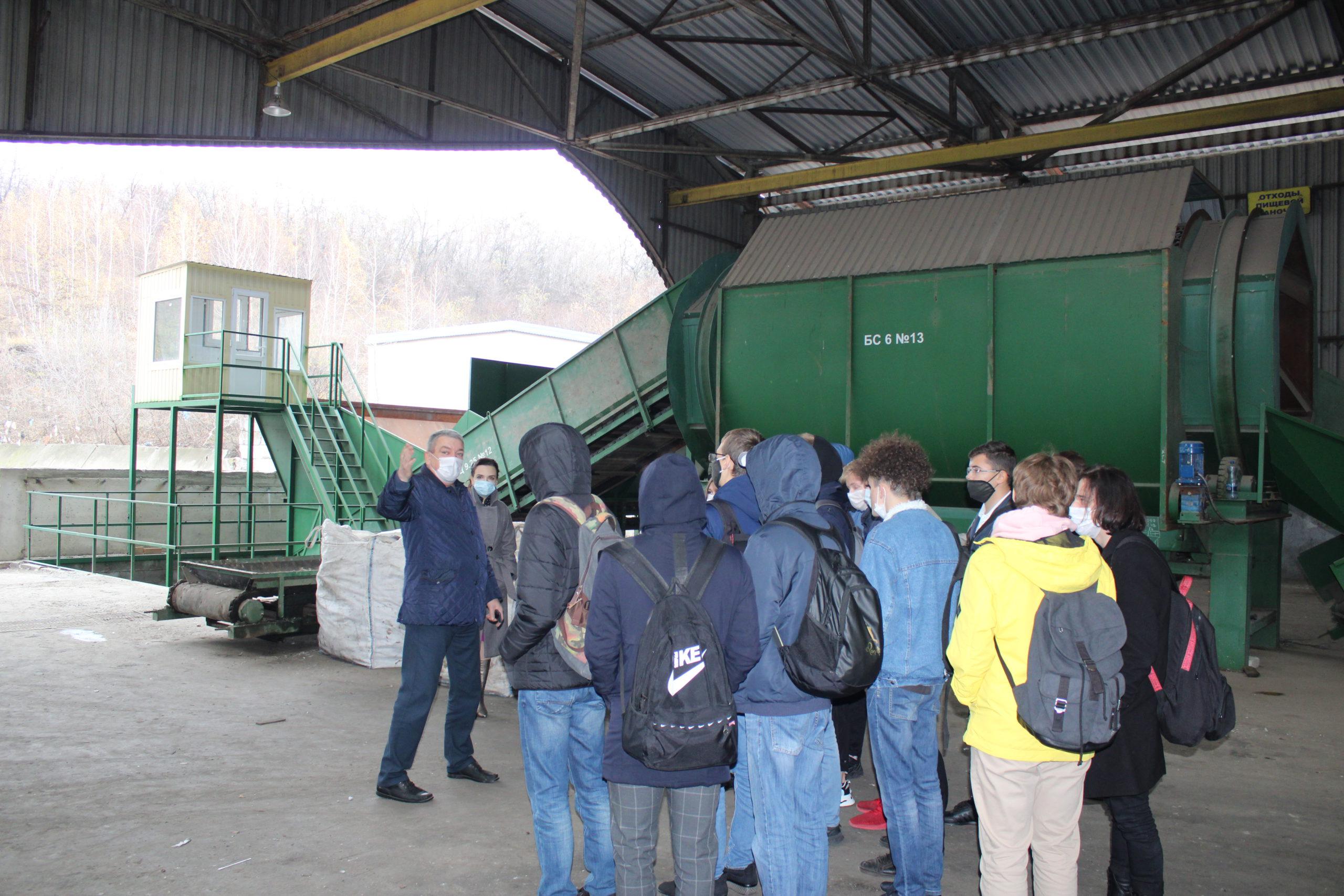 ООО «ТК «Экотранс» продолжает проводить экологические уроки